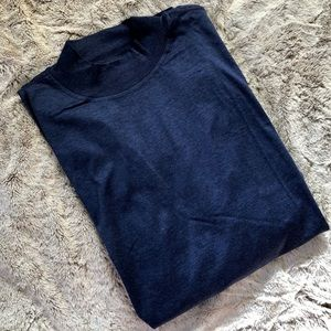 🎁NWT Mens LS Heathered navy mock collar shirt.